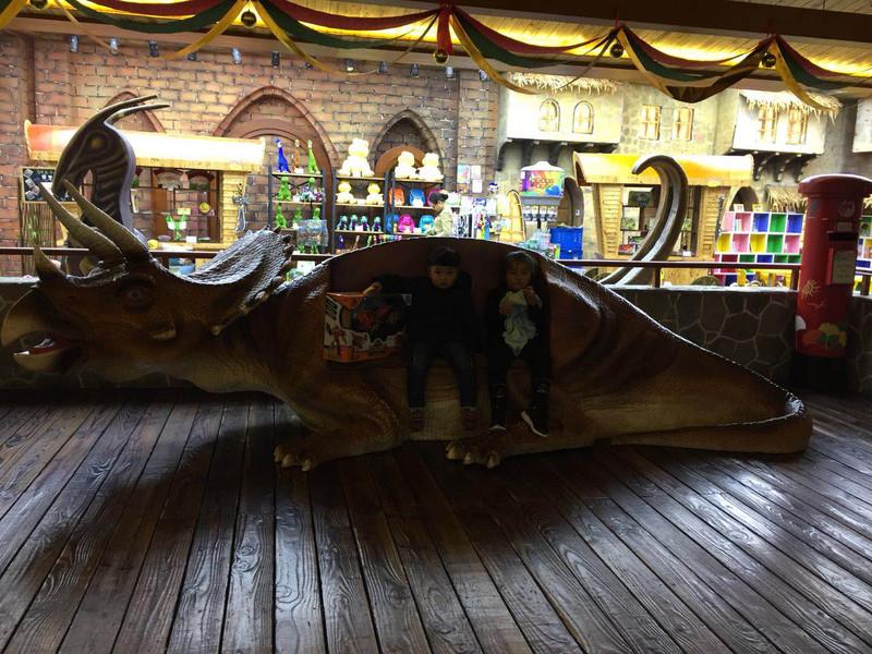 胆大小恐龙和美女小胆小的中华帅哥园之旅美女英国超级图片