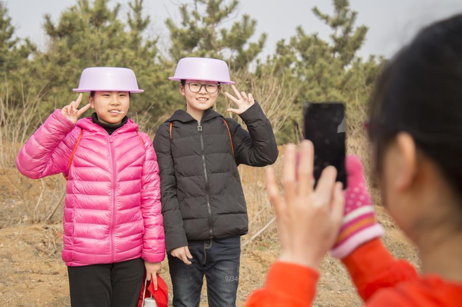 这个植树节重庆山里孩子收到了一份特别的礼物