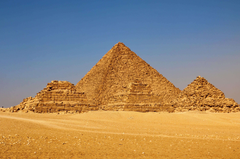孟卡拉金字塔  Pyramid of Menkaure   -0