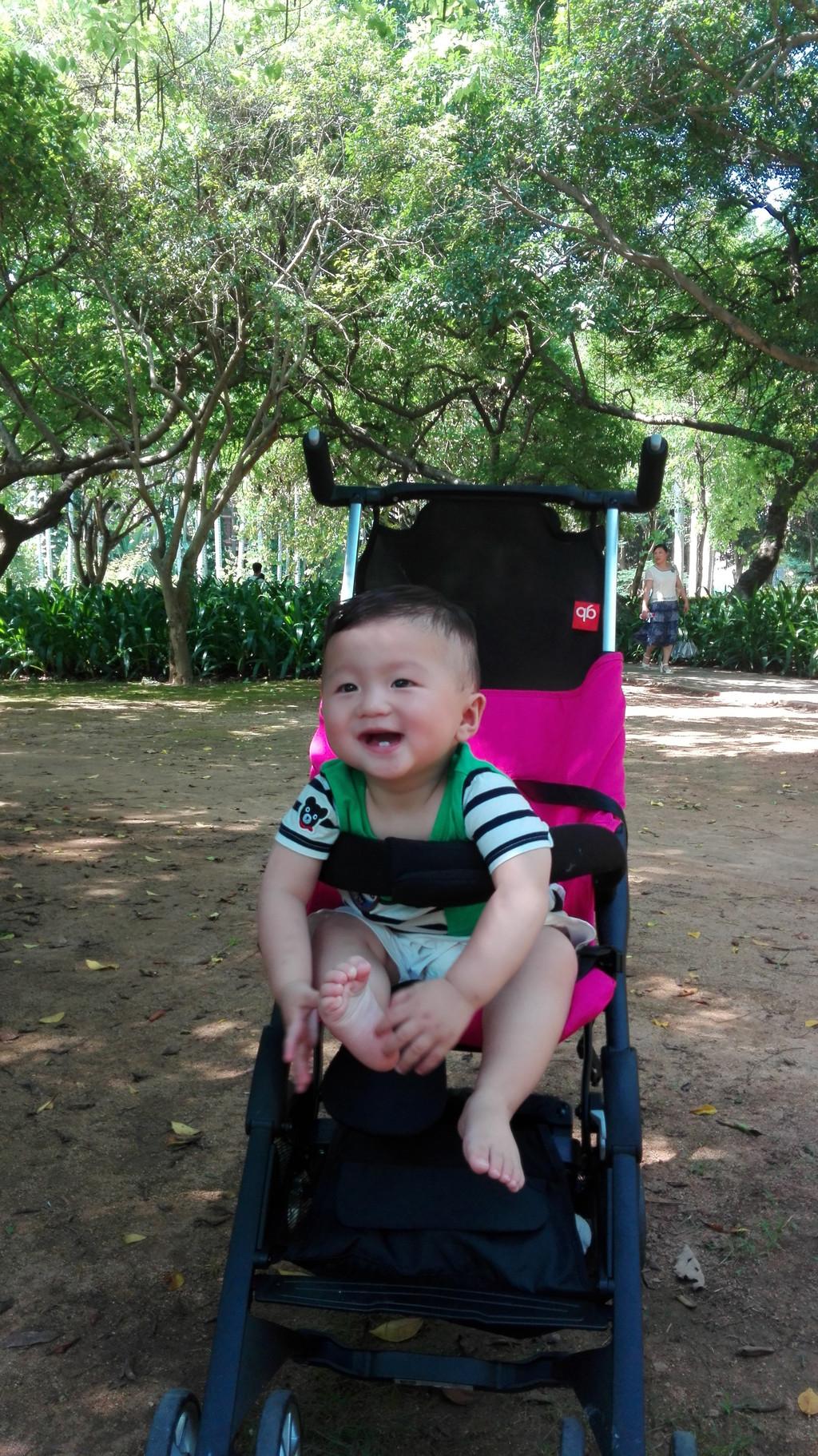 马小伏亲子游#一岁宝宝第一次坐飞机厦门探海家庭行