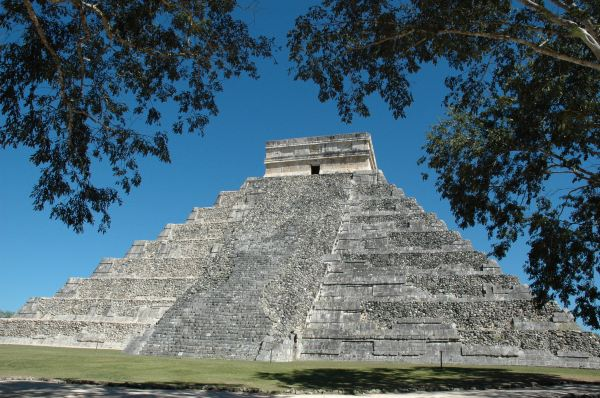 库库尔坎金字塔,玛雅金字塔