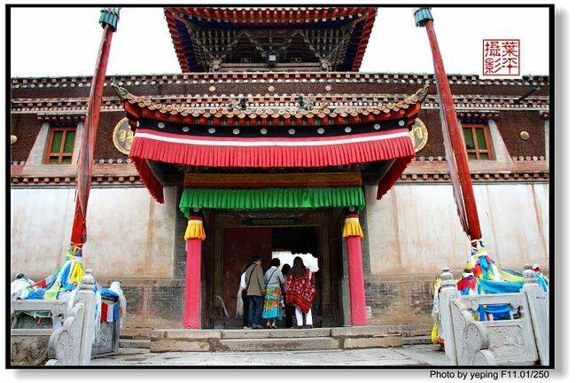 高原青海:藏传佛教圣地塔尔寺