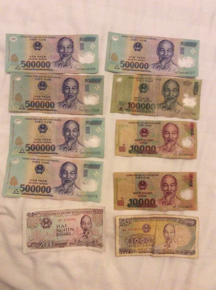 游記/边境换好越南盾,汇率大概1:3300吧!瞬间化身百万富翁