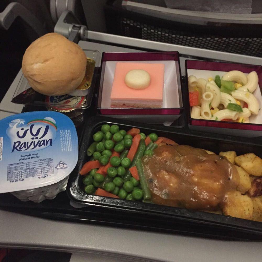 卡塔尔航空飞机餐