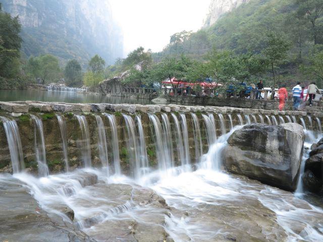 神龍灣風景區位于山西省平順縣境內