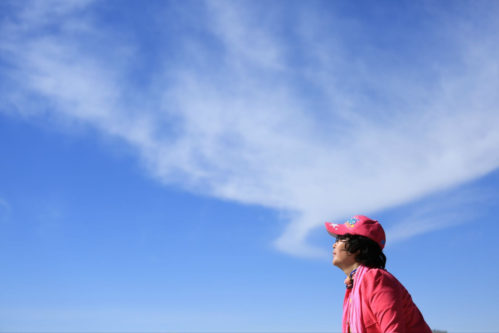 """""""天空之镜""""乌尤尼盐沼,其实位于柴达木盆地的茶卡盐湖更显纯白晶莹,它"""