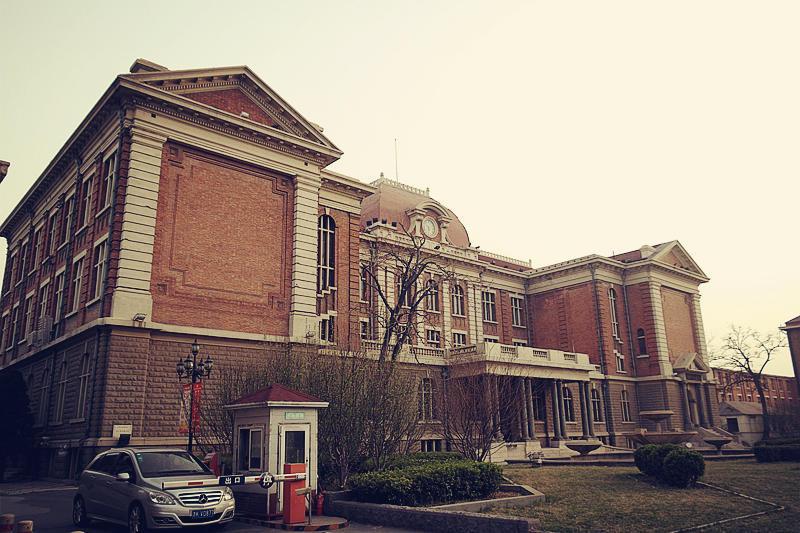 雾霾中的春天@北京与天津书房的别墅图片