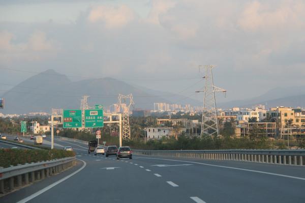 游遍海南66:海南高速公路及环岛高铁