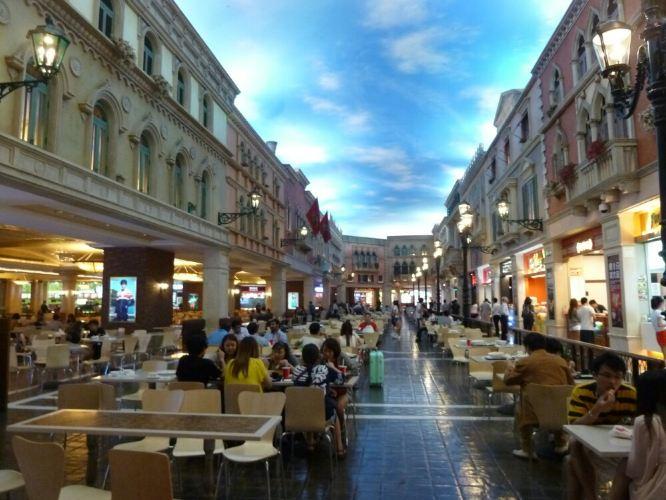 澳门游----中午在威尼斯人的美食街免费吃午饭???