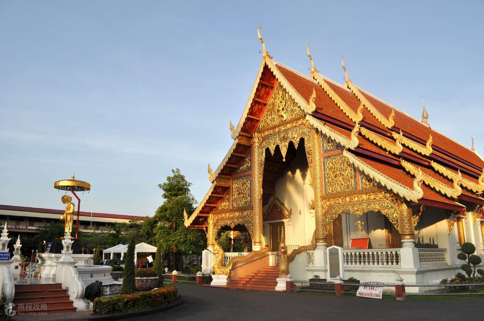 泰国清迈5日4晚跟团游·大象训练营+双龙寺+长颈族