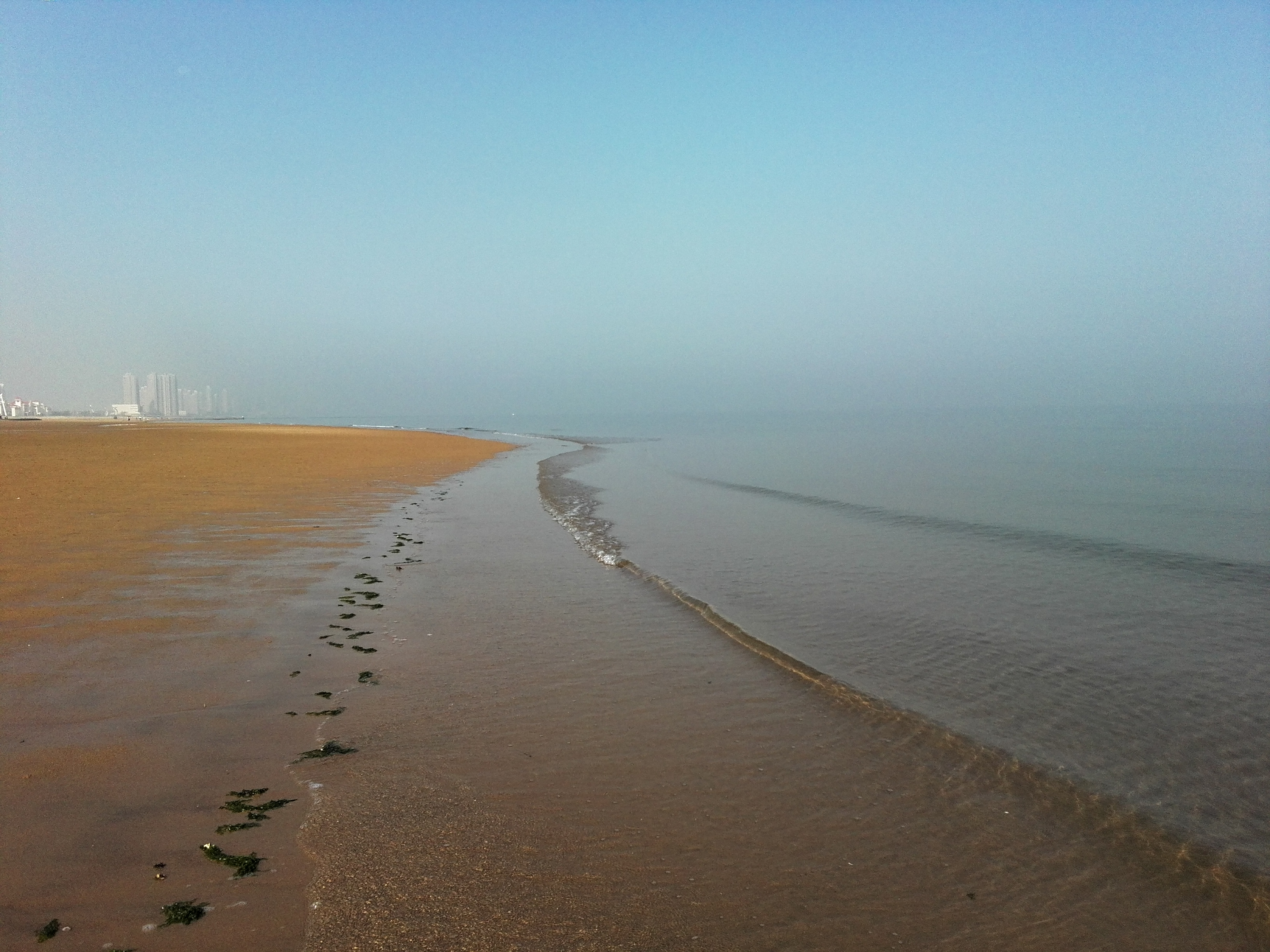 金沙滩的清晨