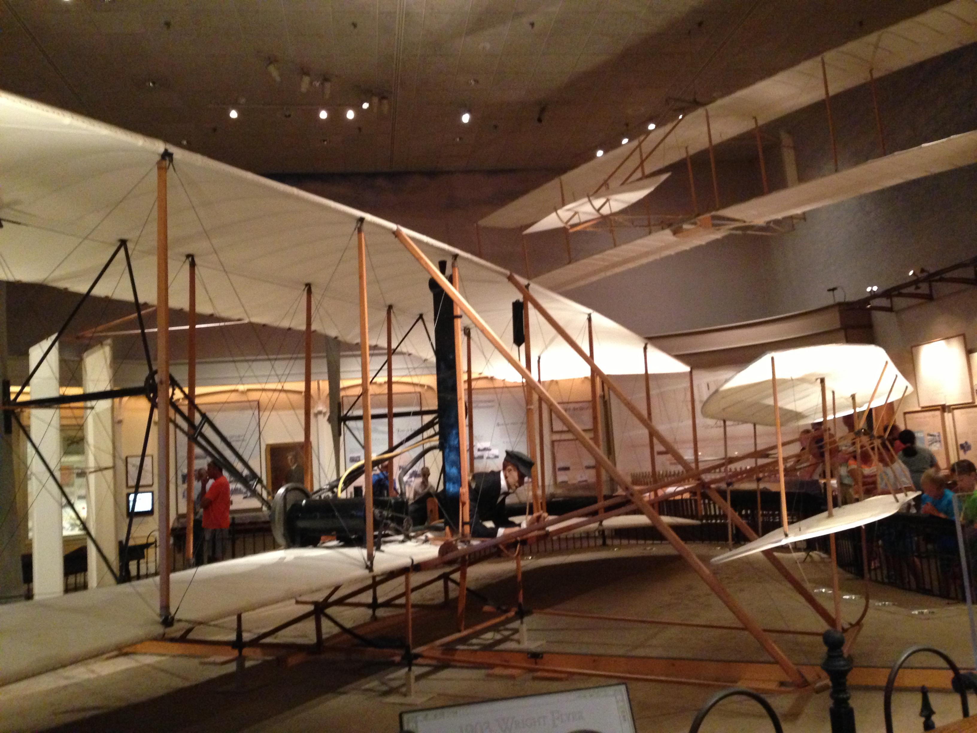 世界上第一架飞机的模型