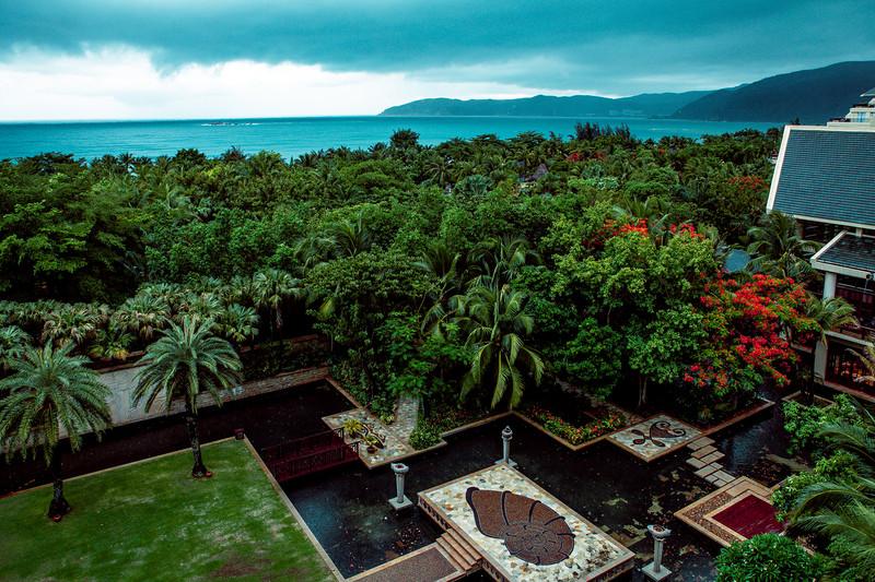 雨天到三亚,意外在这家酒店,偶遇了独特的风景 - 三亚游记攻略