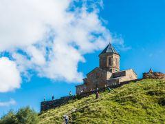 格鲁吉亚Ananuri 城堡+卡兹别克山+三位一体主教座堂一日游