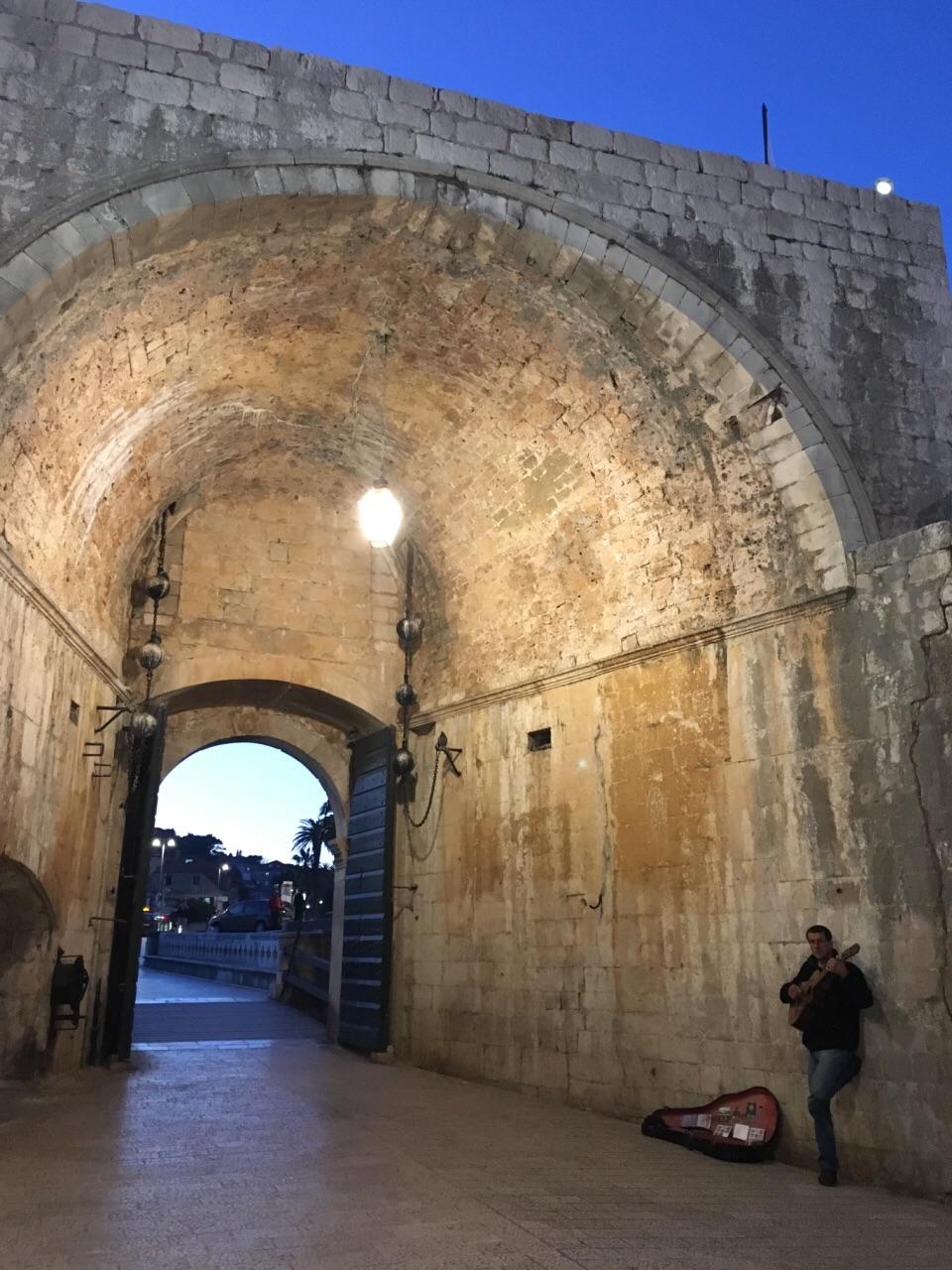 派勒城門  Pile Gate   -0