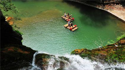 双溪瀑布 美景 周程 摄