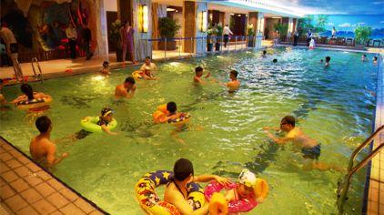热带雨林温泉 (2)