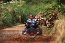 Tinian Goodtour全地形摩托车-天宁岛-在路上的Jorick