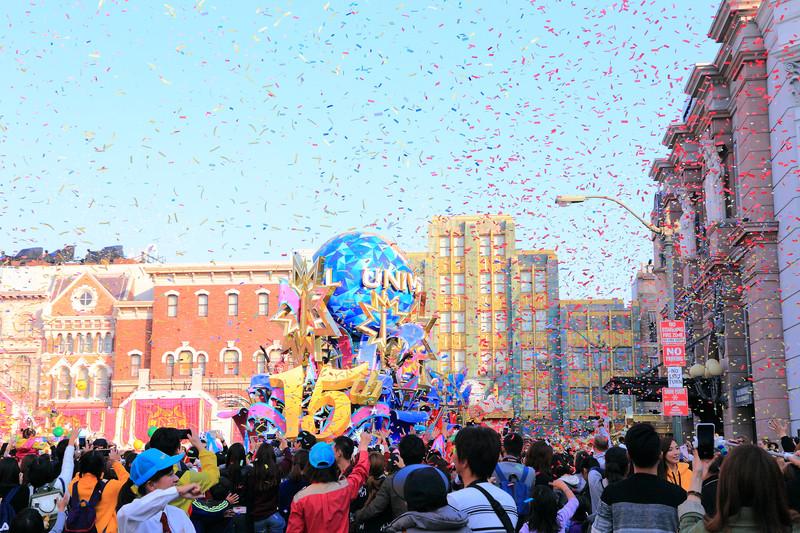 日本遊學 日本遊學自由行 日本打工度假 大阪環球影城 大阪遊學 大阪必去景點 大阪旅遊 寒假 花車遊行