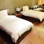 青島五四廣場海景美崙國際酒店(原遠雄悅來酒店公寓)