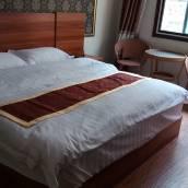 左貢聚緣大酒店