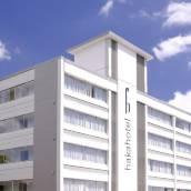 哈卡新市場酒店