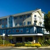 陶波巴瑟旅館