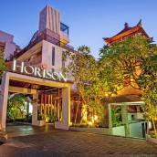 郝麗森巴厘島塞米亞克酒店
