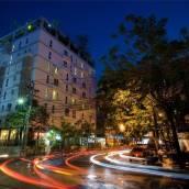 薩拜沙通酒店式公寓