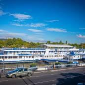 船財神酒店
