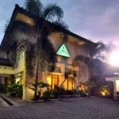 日惹格利亞森塔納酒店