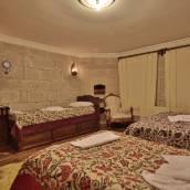 哥樂美谷地洞穴居所酒店