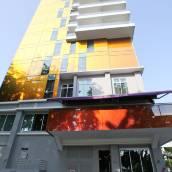 巴耶利峇寰庭商旅酒店