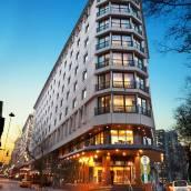 柏銀特塔克西姆酒店