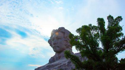 湖南长沙橘子洲头青年毛泽东雕塑
