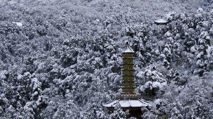 琉璃塔冬雪3