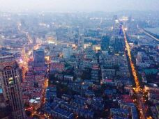 紫峰大厦观光层-南京-面无表情的托尔斯态