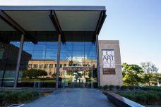 昆士兰大学-布里斯班-doris圈圈