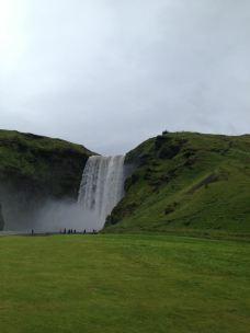森林瀑布-冰岛南部区-茗净