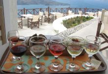 圣托里尼美食图片-葡萄酒