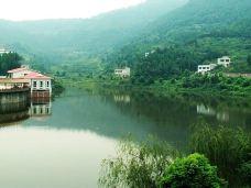 金龙湖-广汉-半把刀