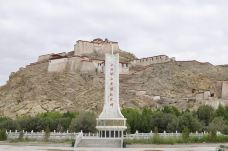 江孜宗山古堡-江孜-人九小月